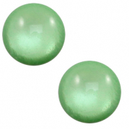12 mm classic Polaris Elements cabochon soft tone shiny Meadow green