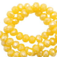 Facet kralen top quality disc 4x3 mm Freesia yellow opal-pearl shine coating