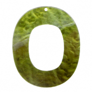 Hangers van resin ovaal 48x40mm Olive green