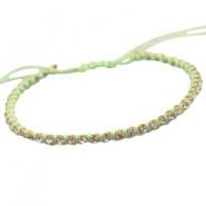 Trendy armbandje met strass Crysolite green