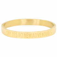 "Armband van stainless steel met quote ""SAY YES TO NEW ADVENTURES"" Goud"