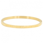 "Armband van stainless steel thin met quote ""SAY YES TO NEW ADVENTURES"" Goud"