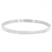 "Armband van stainless steel thin met quote ""SAY YES TO NEW ADVENTURES"" Zilver"