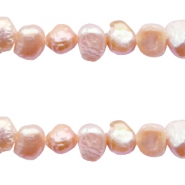 Zoetwater parels Nugget 4-5mm Vintage peach rose