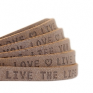 "Plat leer 5mm DQ met ""Live the life you love"" print Chocolate brown"