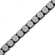 Kralen hematite cube 4mm Anthracite grey