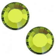 Swarovski Elements flat back SS30 (6.4mm) Olivine green