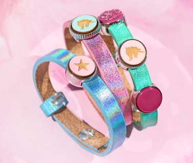TREND ALERT: holographic Cuoio armbanden